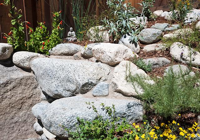 Garden 23 in Sierra Madre